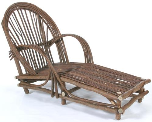 Fanback Chaise