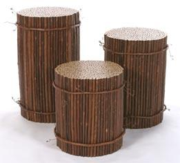 Round Bundle Tables with Grapevine Rings